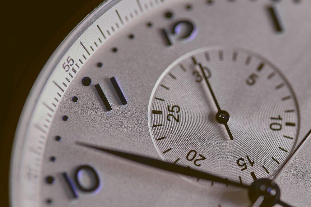【イタリア語】1分~59分までの時刻の単語一覧